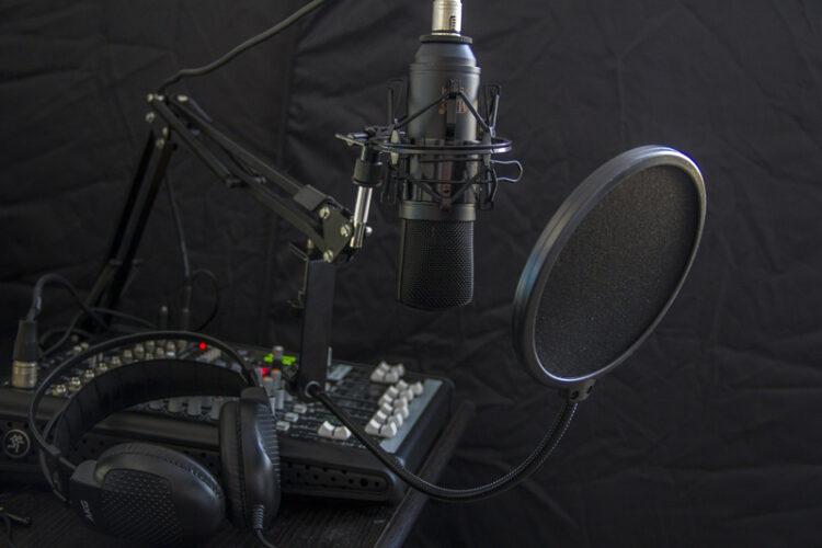 radio combate desinformação